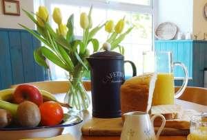 Lobhill Farmhouse Devon Breakfast Flowers