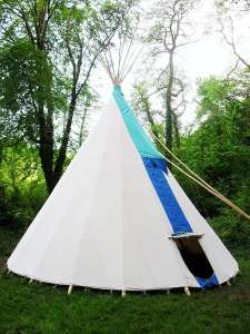 Lobhill Farmhouse Teepee