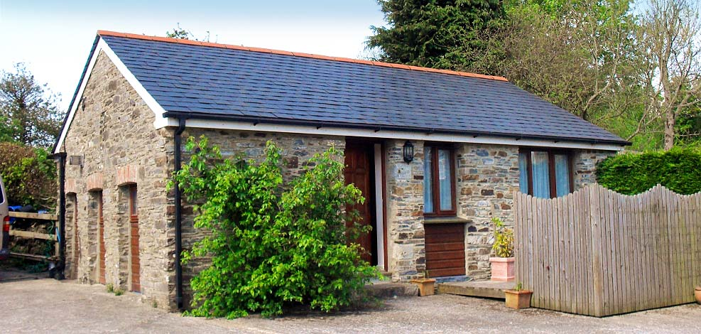 Lobhill Farmhouse self catering holiday cottage accommodation near Dartmoor