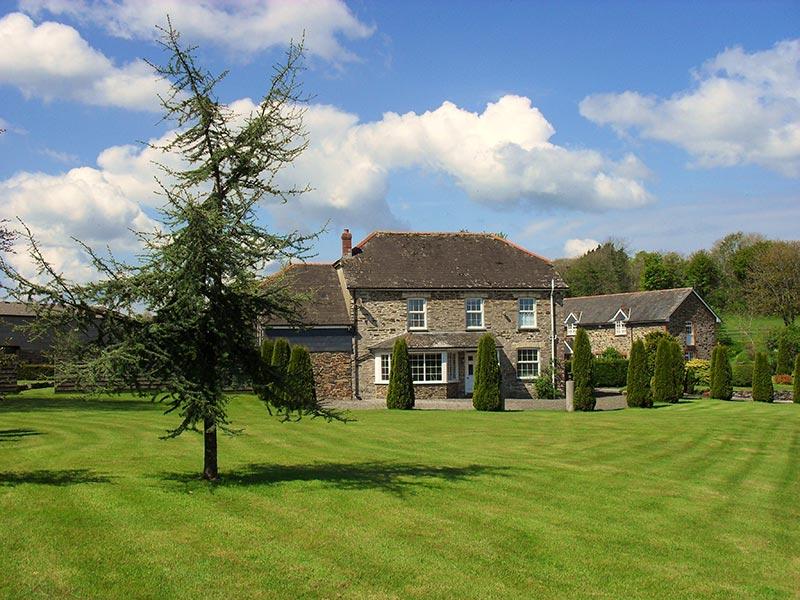 Lobhill Farmhouse Devon Bed and Breakfast