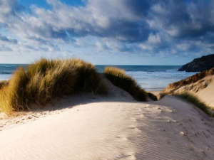 Sand-Dunes-at-Holywell-Ba-001