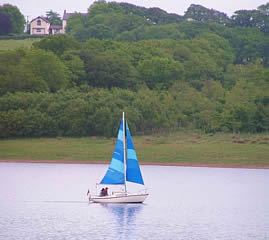 Sailing at Roadford Lake,Lifton